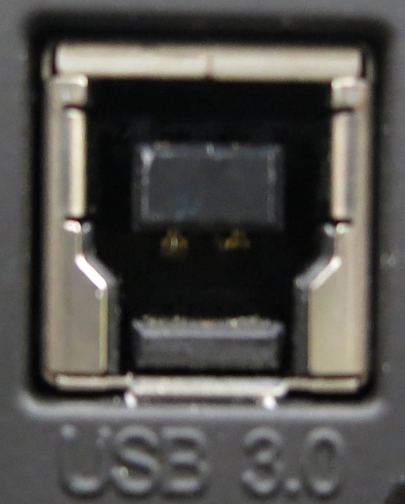 USB3.0接続機器側差込口