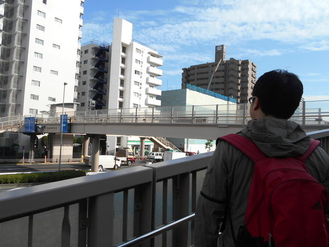 旧東海道の反対側